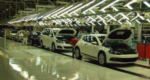 trabalhadores da autoeuropa fábrica da Autoeuropa produção automóvel