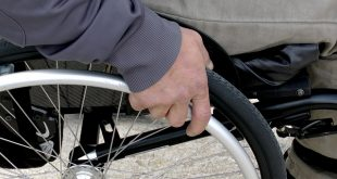 cadeira de rodas pessoas com deficiência trabalhadores com deficiência pme magazine