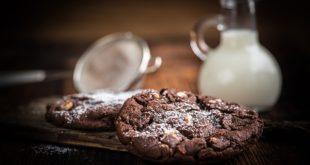 Açúcar, sal e gorduras vão ser banidos da publicidade para crianças