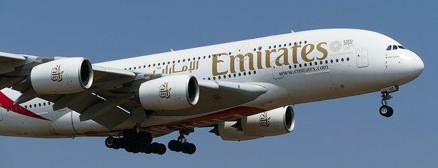 emirates avião companhia aérea
