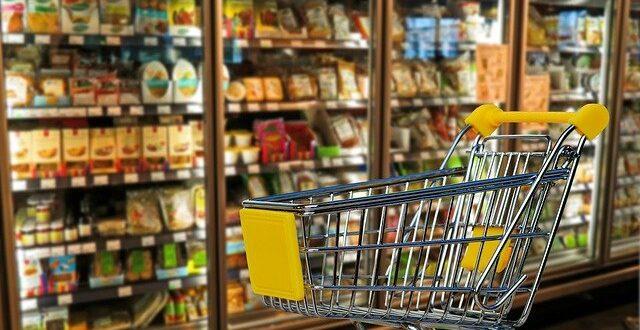portugueses perferem sexta-feira para fazer compras