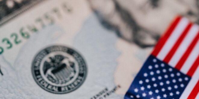 Novos estímulos EUA PIB português