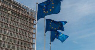 União europeia UE bandeira Europa Bruxelas Parlamento Europeu