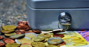 Apoios extraordinários dinheiro cofre moedas segurança social apoio à retoma lay-off empresas