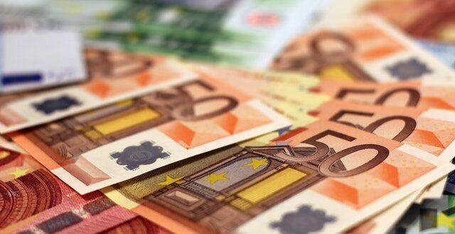 I&D dinheiro investimento incentivos fiscais IRC notas