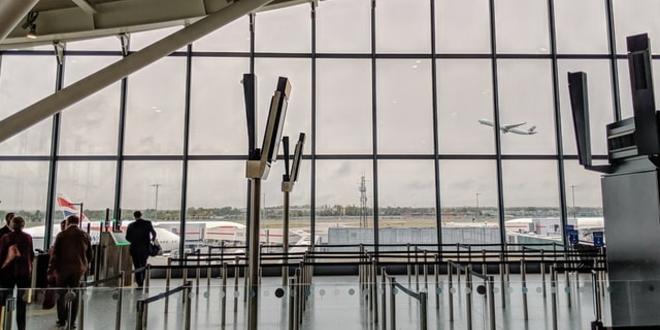 Certificado digital covid-19 aeroporto viagens turismo Bruxelas