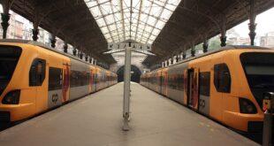CP IP greve comboios porto estação de São Bento