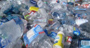 Plástico plastico de uso único diretiva europeia Associação Portuguesa de Empresas de Distribuição APED ambiente poluição
